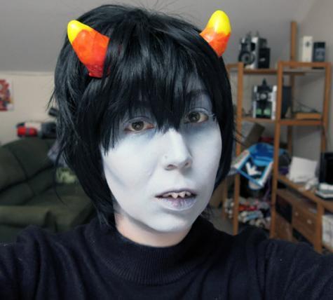 Costume teeth & horns
