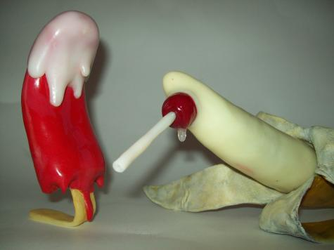 Icypole and Banana sculpture