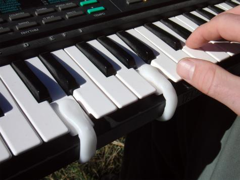 Keyboard clips