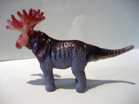 Hybrid toy: Moose-Saurus