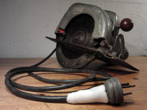 Circular saw plug repair