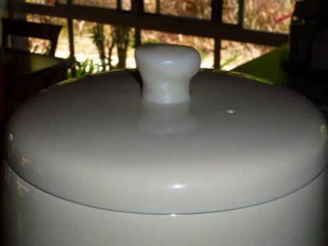 Water cooler handle